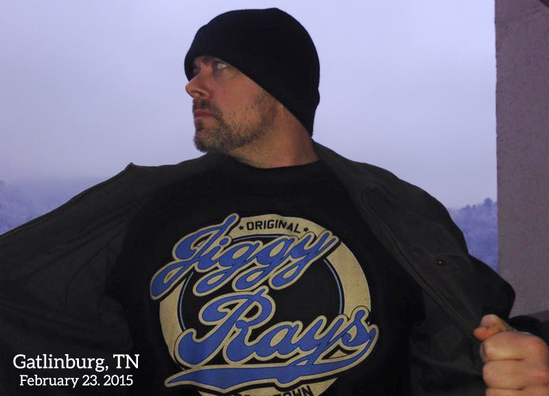 Johnny in Gatlinburg, TN wearing a Jiggy Ray's T-shirt